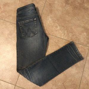 Delia's jean